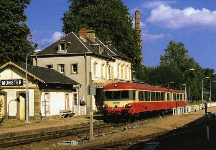RU 0687 - Autorail Caravelle X 4359 en gare - MUNSTER - 68 - SNCF