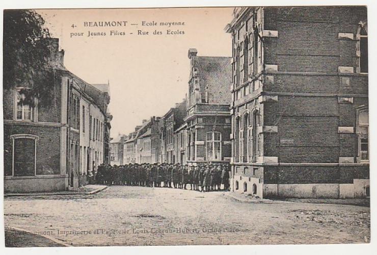 cpa Belgique Beaumont Rue des Ecoles Ecole moyenne pour jeunes filles