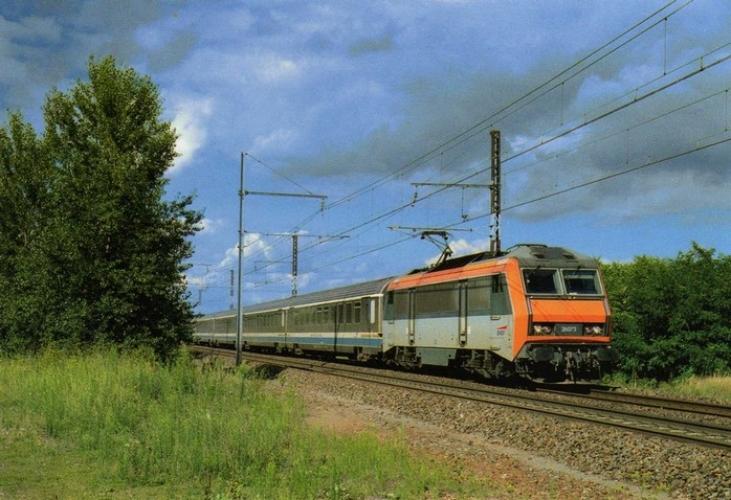RU 0457 - Train Interloire - loco BB 26073 vers VOUVRAY - 37 - SNCF