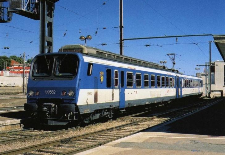 RU 0459 - Automotrice Z 9582 en gare - BESANCON VIOTTE -25 - SNCF