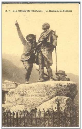 Cpa 74 Chamonix , le monument de Saussure , vierge
