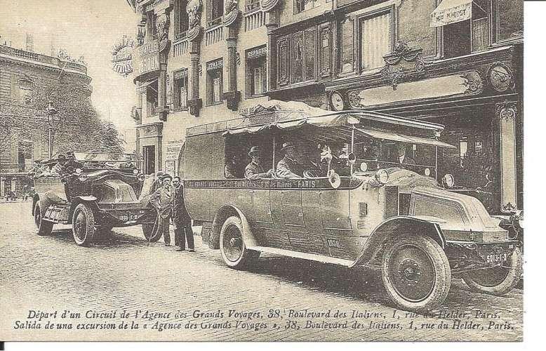 75 - DEPART D'UN CIRCUIT DE L'AGENCE DE GRANDS VOYAGES