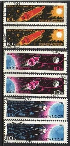 URSS 1963  Y&T  2656 + 2661  oblitérés  journée du Cosmos