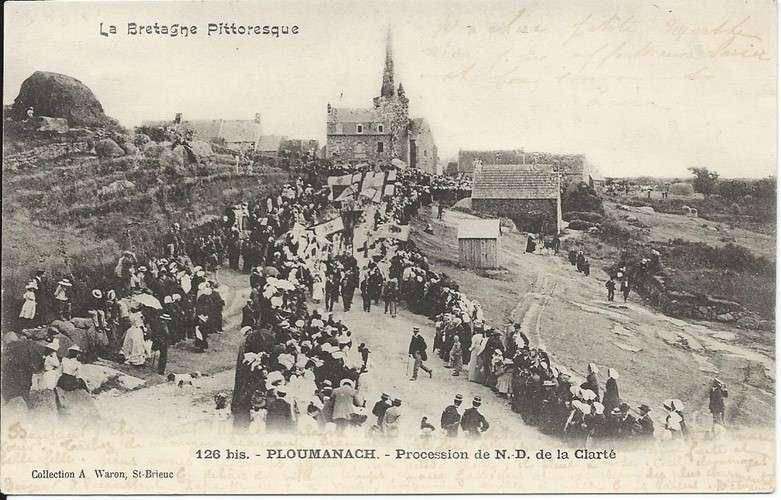 CPA - 22 - Ploumanach - Procession - Convoyeur Lannion à Plouaret - 1904 - Dos scanné