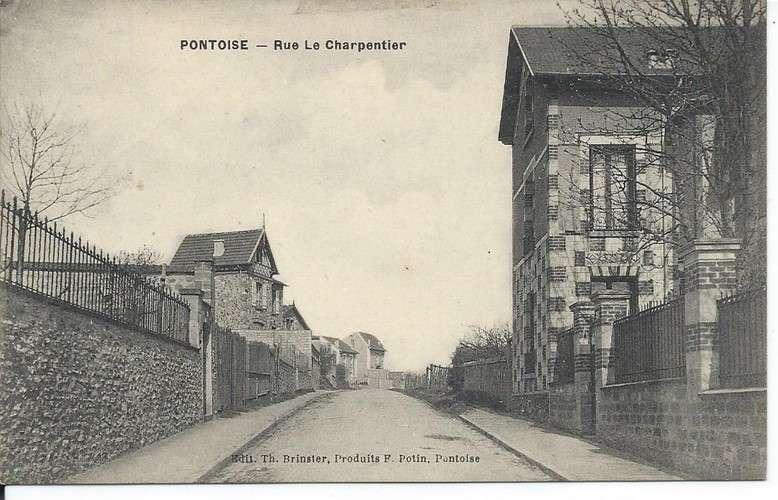 CPA - 95 - Pontoise - Rue Le Charpentier - Dos scanné