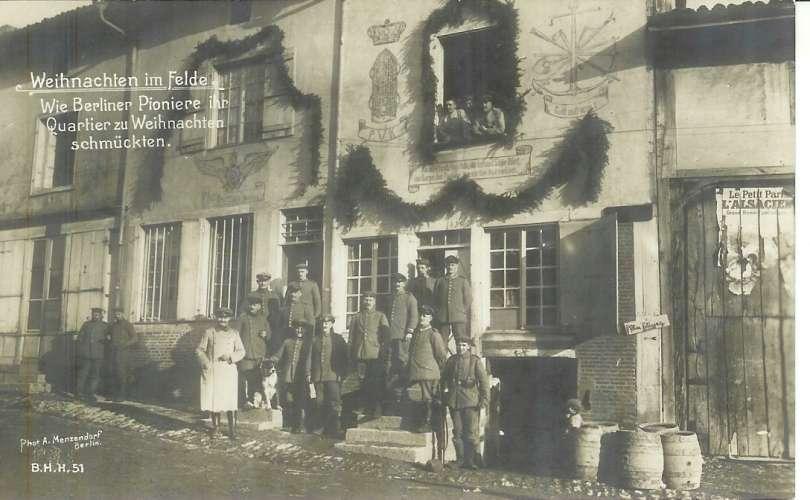 ALLEMAGNE - RENDSBURG  * Les Pionniers ( sapeurs ) décorent leur casernement pour Noël