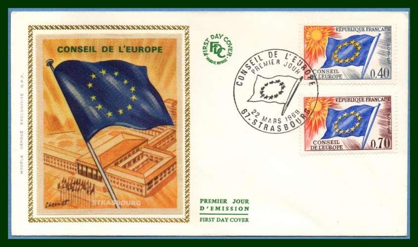 France FDC silk soie N° S31 /S35 Conseil de l' Europe Strasbourg 1969 (cote 7 €) Drapeau flag