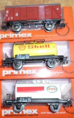 PRIMEX (marklin) HO  lot de 3 wagons neufs en boites.