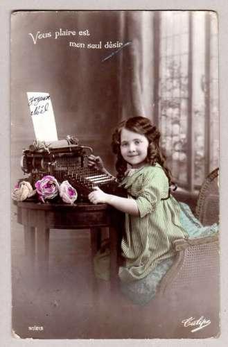 Joyeux Noel - vers 1920 -  enfant machine à écrire