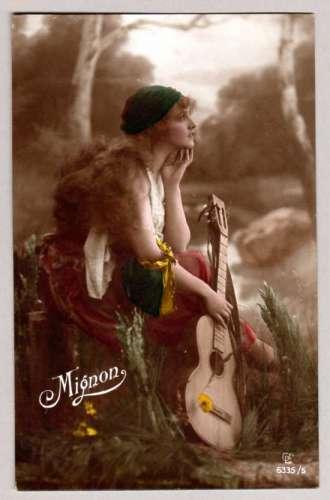 Femme Guitarre - Mignon - vers 1920