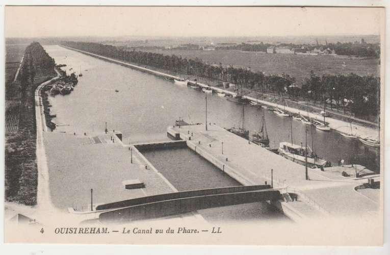 cpa 14 Ouistreham Le Canal vu du Phare
