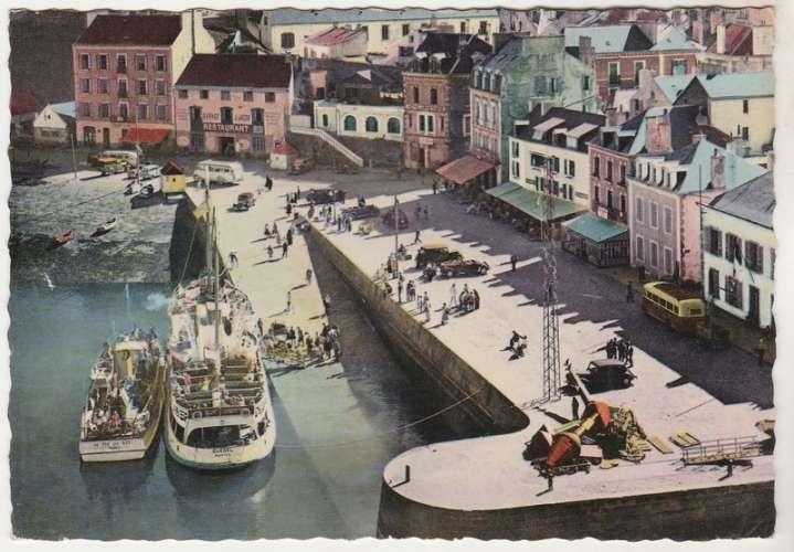 cpsm 56 Belle-Ile-en Mer Embarquement sur le Guédel