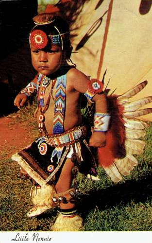CPSM  LITTLE NONNIE , 2-year-old Pawnee-Otoe Indian dancer