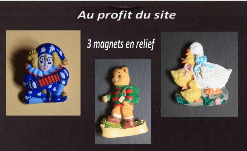 Au profit du site 3 magnets relief Pierrot bandonéon - ours randonneur - cane et canetons fleurs
