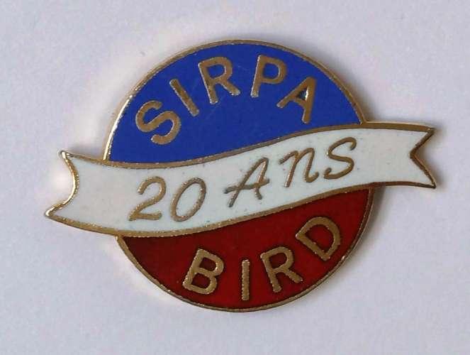 Pin´s EGF SIRPA BIRD 20 ans signé DUBOURG - Vendu au profit du site