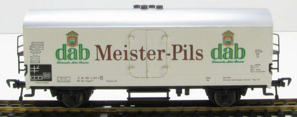 HO- fleischmann wagon fourgon couvert- DAB - MEISTER PILS. neuf