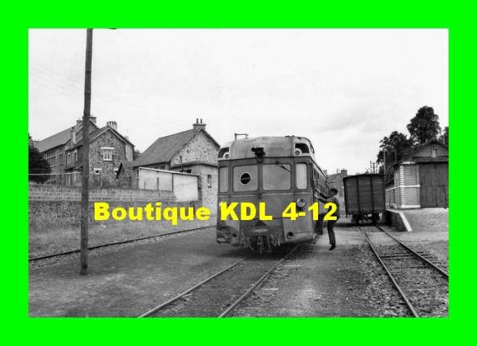 BVA 672-11 - Autorail Renault ABH 6 en gare de PLOUHA VILLE - Côtes d'Armor - CDN