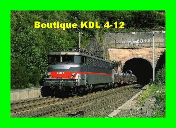 RU 0377 - Train - loco BB 25160 sortant du tunnel du Niederrheinberg - HAEGEN -  Bas Rhin - SNCF