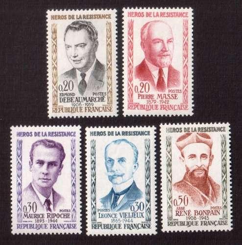 France 1960 Y&T  1248 à 1252 ** héros de la Résistance  cote 14,00€...