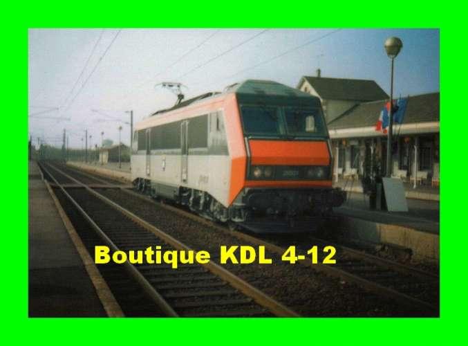 TàB 22 - Loco BB 26001 en gare de GIEN - Loiret - SNCF