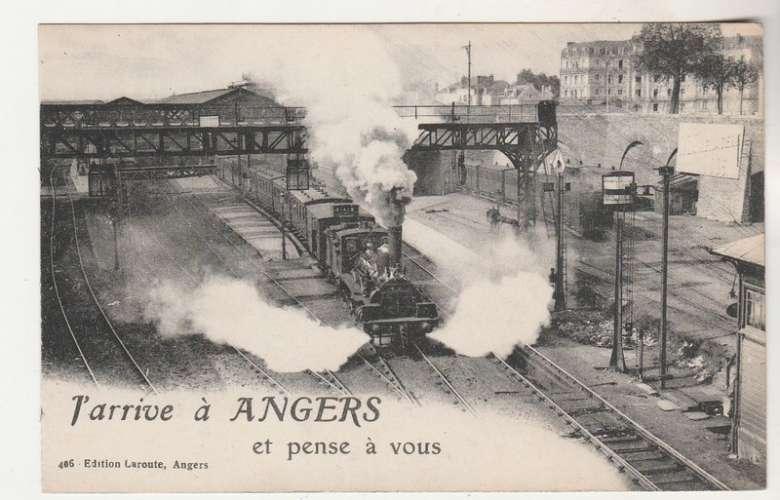 cpa 49 J'arrive à Angers  ( train )