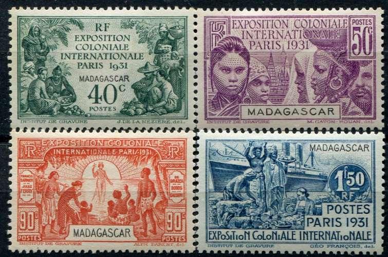 MADAGASCAR  _  Y & T  :  N°  179/182  *   -  Cote  :   14,50  €