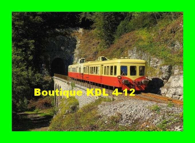 ART 301 - Autorail Picasso X 3886 sortant du tunnel de la Gouille aux Cerfs - Commune de LEZAT