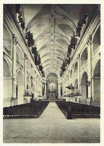 PARIS : Musée de l'Armée - Intérieur de la Chapelle