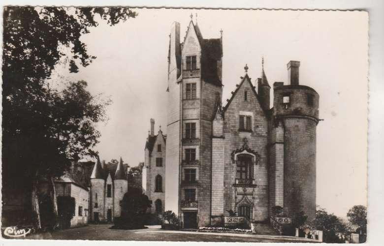 cpsm 49 Montreuil-Bellay Le Château timbrée J.O YT 1265