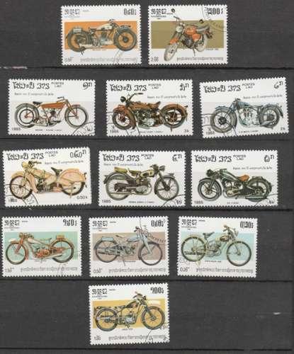 Lot de12  timbres o de motos