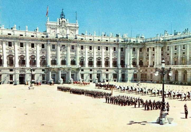MADRID : Plaza de la Armeria - Cortège d'Ambassadeurs