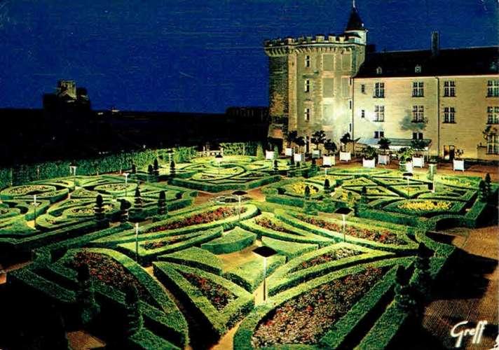VILLANDRY : Le château et les jardins Renaissance