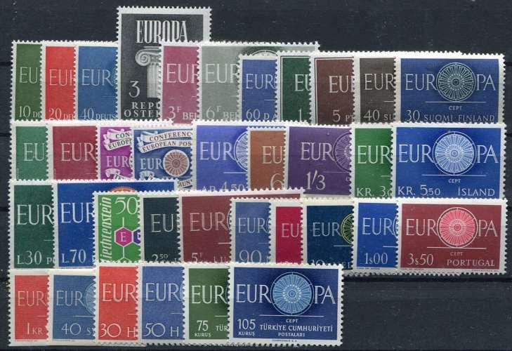 EUROPA  _  Année 1960 compléte  :  cote  :  225,00  €