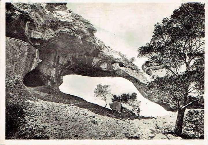 LA CIOTAT : Le Pont Naturel