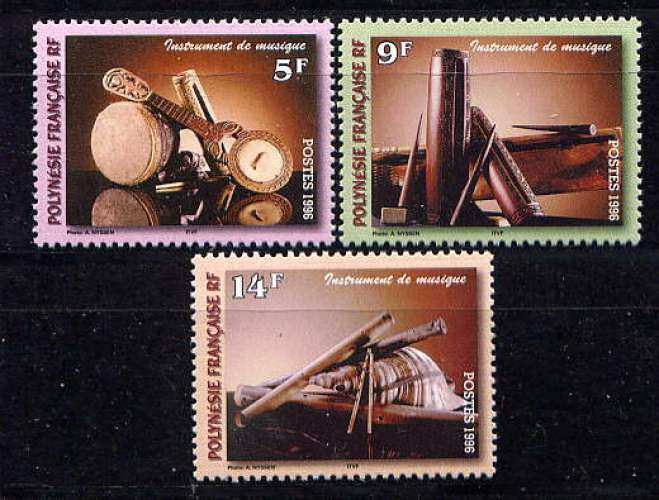 POLYNÉSIE - 513/515** - INSTRUMENTS DE MUSIQUE