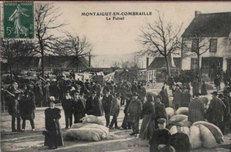 63 - MONTAIGUT-en-COMBRAILLE - le Foirail