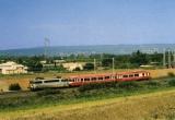 miniature RU 0420 - Loco BB 9620 remorquant un autorail Caravelle X 4600 vers LAPALUD - 84 - SNCF
