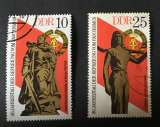 miniature Allemagne Orientale RDA 1975 YT 1719 et 1721